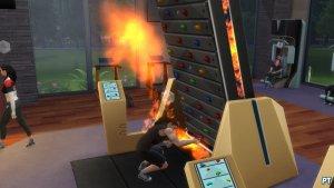 Sims 4 Fitness accessoires review klimmuur uitdaging met vuur mislukt